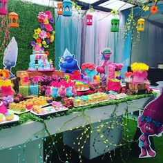 Trolls birthday party for mila