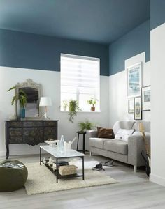 Ceiling paint colors - Adorable Home Interior Design Ideas To Try – Ceiling paint colors Best Ceiling Paint, Ceiling Paint Colors, Ceiling Paint Ideas, Dark Ceiling, Colored Ceiling, Ceiling Design, Ceiling Lights, Living Room Paint, Interior Design Living Room
