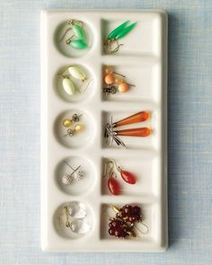Plastic watercolor paint holder used to store earrings in drawer, can be stacked and vet affordable