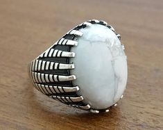 Sterling Silver Mens Ring With Natural Agate Stone Men's Jewelry Rings, Rose Gold Jewelry, Jewelry Accessories, Diamond Jewelry, Gold Jewellery, Sterling Silver Mens Rings, Gold And Silver Rings, Mommy Jewelry, Ring Earrings