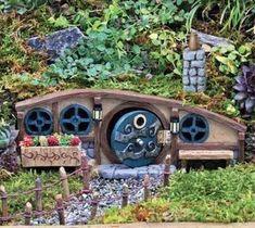 Mulberry Burrow fairy garden