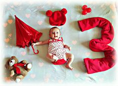 Baby Pictures, Baby Photos, Monthly Baby, Baby Month By Month, Babys, Pasta, Kids Rugs, Disney Princess, Disney Characters