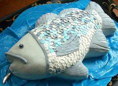 Love this fish cake! All fondant!