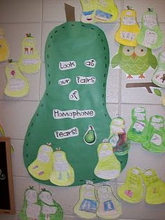homophones using a pair of pears  Definitely doing with my long e unit