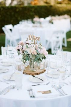Candy ideas for wedding table number ideas wedding reception stunning spring wedding centerpieces ideas wedding wedding Cheap Wedding Reception, Wedding Reception Table Decorations, Cheap Wedding Decorations, Wedding Table Settings, Rustic Wedding, Wedding Ideas, Reception Ideas, Diy Wedding, Wedding Themes