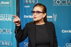 5 Lessons #CarrieFisher Taught Us - peeling back the curtain on #mentalillness, and what we need is here around us: https://www.psychologytoday.com/blog/reset-247/201612/5-lessons-carrie-fisher-taught-us