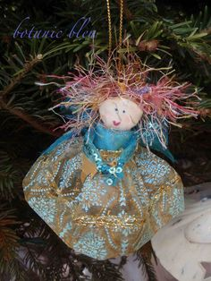 Botanic Bleu: Angel Ornament Tutorial
