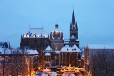 Old Art, Town Hall, Squares, Festive, Cathedral, Paradise, Old Things, Germany, Colours