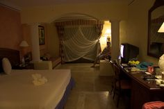 Our room Cool Pictures, Curtains, Room, Home Decor, Bahia, Bedroom, Blinds, Decoration Home, Room Decor
