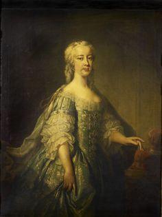 1738 After Jean-Baptiste van Loo - Princess Amelia King George Ii, House Of Stuart, Royal Collection Trust, Prince Frederick, Court Dresses, Georgian Era, 18th Century Fashion, Jean Baptiste, Grand Entrance
