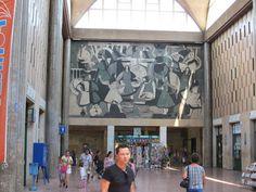 Debrecen juni In en om het station Om, Outdoor Decor