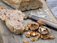 Découvrez la recette Pain aux noix Thermomix sur cuisineactuelle.fr.