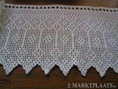 70's. Gehaakte gordijntjes waren helemaal in!! Crochet Borders, Filet Crochet, Crochet Curtains, Good Old Times, When I Grow Up, Crochet Home, Sweet Memories, Art Lessons, Childhood Memories