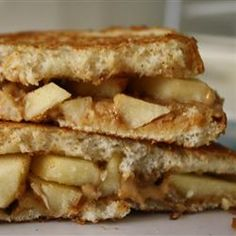 Grilled Peanut Butter Apple Sandwiches #comfort #fall