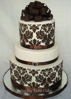 x Damask Cake Stencil , Cake Border Kitchen Accessories Decoration, Cake Border Stencils, Stencils for Wall Gorgeous Cakes, Pretty Cakes, Cute Cakes, Amazing Cakes, Brown Wedding Cakes, Cool Wedding Cakes, Unique Cakes, Creative Cakes, Cake Pops