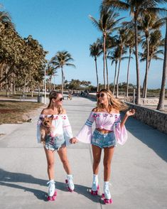 Squad goals :: soul sisters :: girl friends :: best friends :: free your wi Best Friend Pictures, Bff Pictures, Summer Pictures, Cute Photos, Beautiful Pictures, Soul Sisters, Sisters Goals, Tumblr Bff, Miami Girls