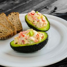 "I went with a Egg-Free Crab Salad Stuffed Avocados. So not ""normal"" for an avocado--but so yummy you've gotta try it, right? Super Dieta, Food Porn, Cooking Recipes, Healthy Recipes, Finger Foods, Food Inspiration, Love Food, Salad Recipes, Canning Recipes"