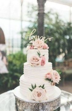 Wedding Bands Gym yet Unique Wedding Cake Alternatives Wedding Cake Centerpieces, Blush Wedding Cakes, Burgundy Wedding Cake, Pretty Wedding Cakes, Wedding Cake Roses, Floral Wedding Cakes, Amazing Wedding Cakes, Wedding Cake Rustic, Elegant Wedding Cakes