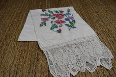 Ukrainian embroidered wedding towel / Rushnyk / Hand by Cocobaroco