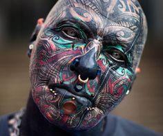 Best face tattoos for women & for men, face tattoos piercing Face Tattoos For Women, Cool Tattoos For Guys, Sleeve Tattoos For Women, Trendy Tattoos, Tattoo Girls, Sister Tattoos, Girl Tattoos, Piercing Tattoo, Piercing Face