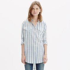 An oversized button-down shirt with genius side insets. In bold stripes, this one pairs perfectly with skinny jeans or denim shorts. <ul><li>Oversized fit.</li><li>Cotton.</li><li>Machine wash.</li><li>Import.</li></ul>