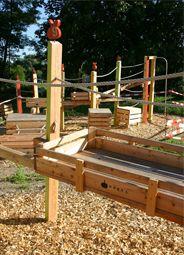 Apfel- und Stiegen-Spielplatz für eine Kita in einem Obstanbaugebiet - supersüße Idee!