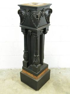 Wow!  This newel post is awesome!