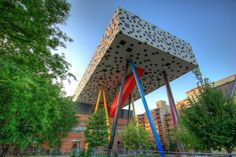 Ontario College of Art and Design — Toronto, Canada | 21 Of The Strangest And Most Unique Buildings From Around The World