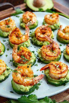 Blackened Shrimp Avocado Cucumber Bites - 42 pieces per tray - Fitness meals - Garnelen Appetizers For Party, Appetizer Recipes, Shrimp Appetizers, Cucumber Appetizers, Party Dips, Recipes Dinner, Appetizer Ideas, Cheese Appetizers, Christmas Appetizers