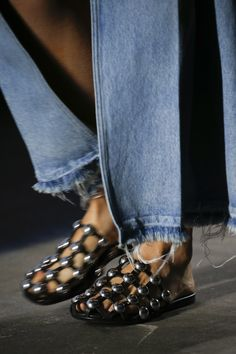 Alexander Wang Spring 2016 Ready-to-Wear Fashion Show Details