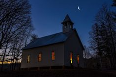 Cades Cove by night! Where do you love to see the moon and stars in the Smokies?