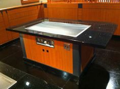 Charmant Hibachi Grill Table. This Would Be Neat To Have In A Kitchen.