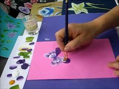 one stroke painting One Stroke Painting, Sketch Painting, Tole Painting, Fabric Painting, Watercolor Paintings, Painting Lessons, Painting Tips, Art Lessons, Painting Videos