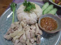 タイでも日本でも大人気のカオ・マン・ガイ(チキンライス)を作ろう♪