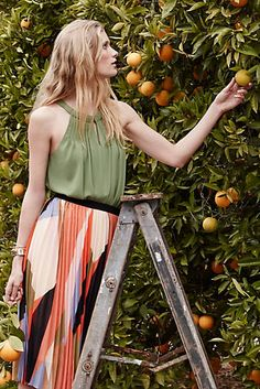 New Anthropologie Sunday In Brooklyn Puntucked Halter Tank Moss Green XS X Small Fashion Blogger Style, Fashion Trends, Spring Girl, Elegant Dresses, Autumn Winter Fashion, Spring Outfits, Color Blocking, Dress Skirt, Anthropologie