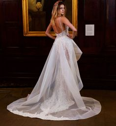The 5 Dreamiest Wedding Gowns from New York Bridal Fashion Week || Bridal stylist Lindsay Kenna gives us a front row seat to the hottest trends from the Spring 2016 runways. || Berta Bridal