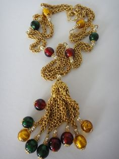 CHANEL 1982 HAUTE COUTURE Red & Green Gripoix Necklace