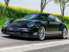 Liebe AutoErlebniswelt Freunde, wäre der von 9ff frisierte 1400 GTurbo F97 A-Max 4-WD ein Mensch, dann wohl ein mit Anabolika vollgestopfter, durch keine Tür mehr passender Bodybuilder. Brutale 1400 PS katapultieren den Porsche 997 Turbo in 2,4 Sekunden von 0 auf 100. Euer David vom TuningTeam der AutoErlebniswelt-Tü Taunus Bildquelle: AutoZeitung