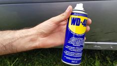 We're certain that you might already know about many WD 40 uses around your household. But this WD 40 uses list has the ability to make your life even simpler! Toilet Cleaning, Car Cleaning, Cleaning Hacks, Cleaning Supplies, Cleaning Products, Cleaning Schedules, Wd 40 Usos, Wd 40 Spray, Cracked Phone Screen
