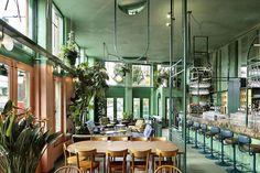Designed by Studio Modijefsky, Bar Botanique brings a fresh and green interior to a former Dutch café. Amsterdam Bar, Amsterdam Restaurant, Cafe Restaurant, Restaurant Design, Amsterdam Living, Restaurant Ideas, Green Interior Design, Bar Interior, Interior Plants