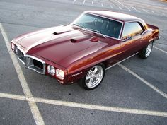 Gorgeous '69 Pontiac Firebird. Awesome American Muscle Car!