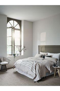 Jacquardvävt överkast - Naturvit - Home All | H&M SE