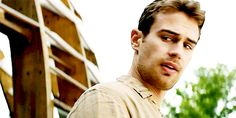 Animated gif in The divergent gifs Theo,Four,David collection by miss_auditore Divergent Book, Divergent Fandom, Divergent Insurgent Allegiant, Theo James, Theodore James, Science Fiction, Fiction Movies, Shailene Woodley, The Best Films