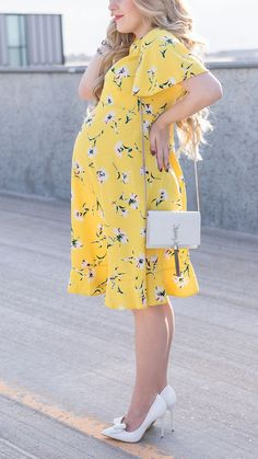 Yellow floral maternity dress from ASOS. Yellow Maternity Dress, Floral Maternity Dresses, Yellow Floral Dress, Cute Maternity Outfits, Maternity Gowns, Stylish Maternity, Pregnancy Outfits, Maternity Fashion, Asos Maternity