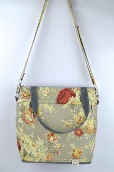 sophia - Baby Bag / Grey floral