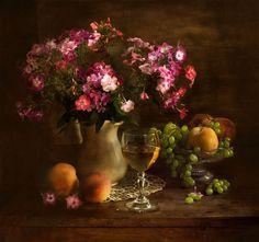 Красочный натюрморт с цветами Натальи Кулдашевой