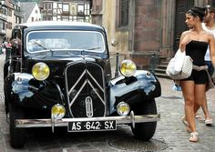 Admiring Glance - Classic Car Citroen Traction Avant by Flyingpast. Turning heads!!