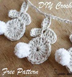 Easy crochet Easter bunny garland – free crochet pattern for beginners // Egyszerű horgolt nyuszik ( nyuszi füzér ) - húsvéti dekoráció // Mindy - craft tutorial collection // #crafts #DIY #craftTutorial #tutorial