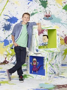 Jacob (Kirby) and his drawings. Haha this is my absolute fave show ever Kirby Buckets, Jacob Bertrand, Disney Shows, Disney Xd, Animation Reference, Best Tv Shows, Cute Boys, Cheerleading, Kai