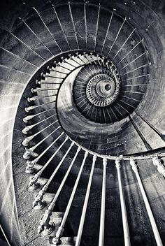 Photo artistique, white picture, black white photos, black and white photography, White Picture, Black White Photos, Black And White Photography, Line Photography, Abstract Photography, Spiral Staircase, Winding Staircase, Stairway To Heaven, Jolie Photo